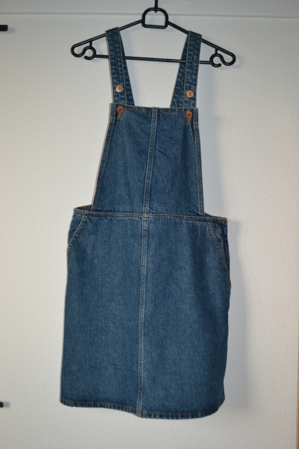 bla-denim-overall-nederdel-monki