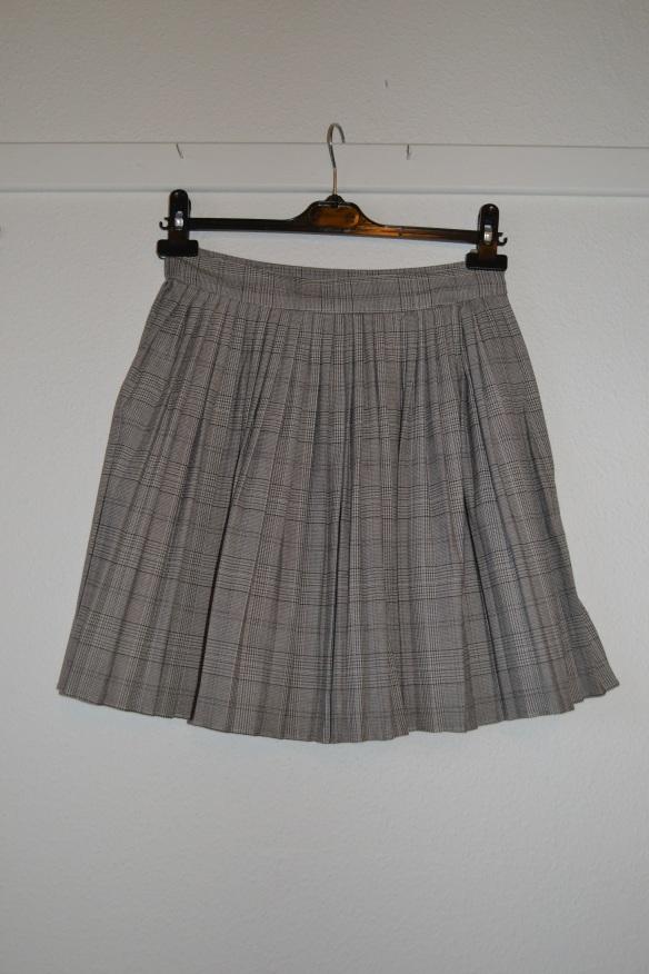 Beige ternet plisseret kort nederdel - H&M