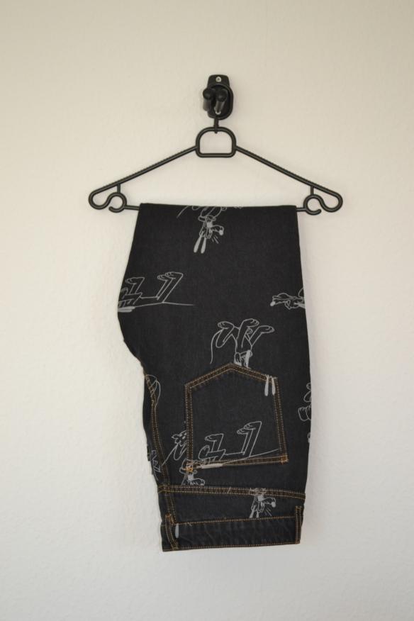 Sorte straight led jeans m. Pluto-mønster - H&M