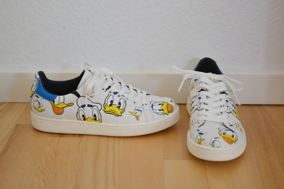 Hvide sneakers m. Anders And - MOA (Master of Arts)