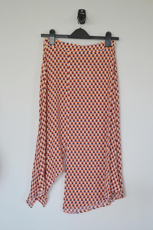 Orange og lilla mønstret assymmetrisk midi nederdel - Bershka
