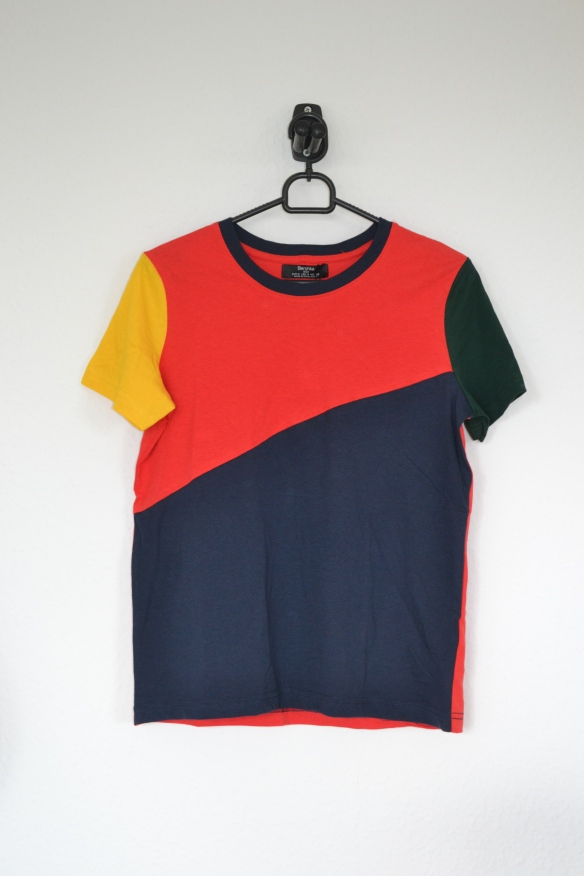 Rød, navy, grøn og gul colourblock T-shirt - Bershka