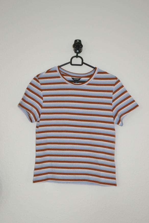 Brun og lyseblå stribet T-shirt m. glimmer - Monki