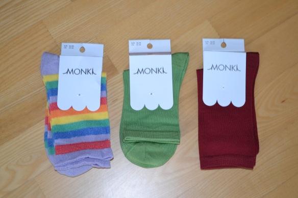 Monki strømper (regnbue, grøn, bordeaux)