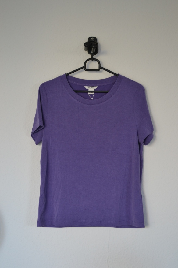 Lilla T-shirt - Monki