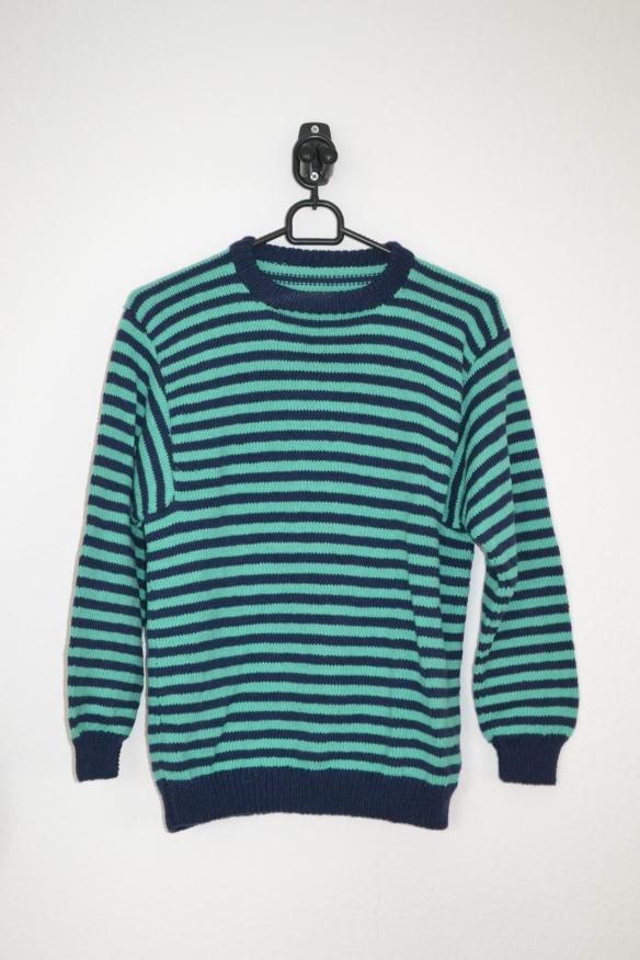 Marineblå og turkis stribet sweater - second hand