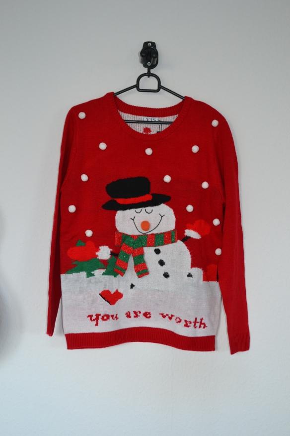Rød sweater m. snemand og sne - VRS