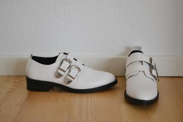 Hvide loafers m. spænder - Even&Odd