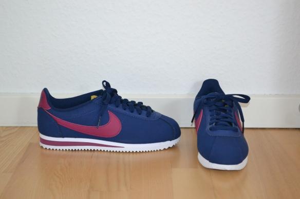 Mørkeblå Cortez m. bærfarvede detaljer - Nike