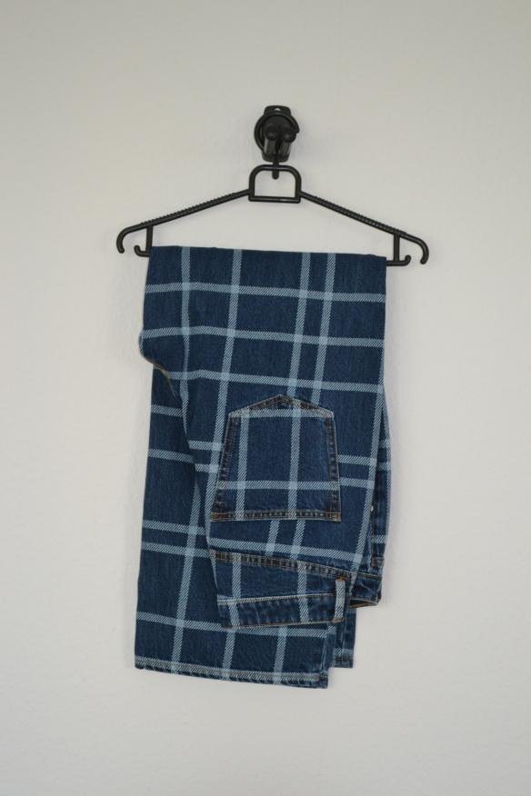 Blå cropped jeans m. vide og ternet mønster - Monki
