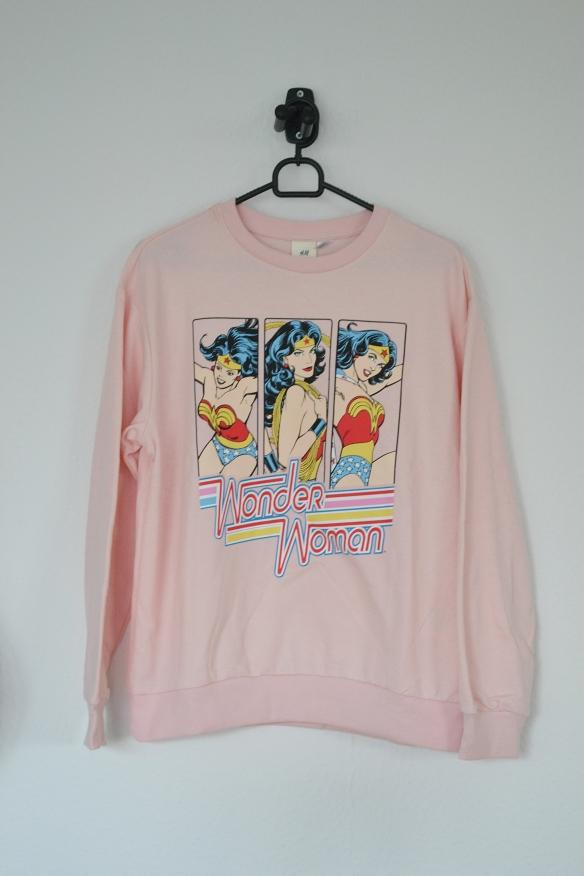 Lyserød sweatshirt m. Wonder Woman print - H&M