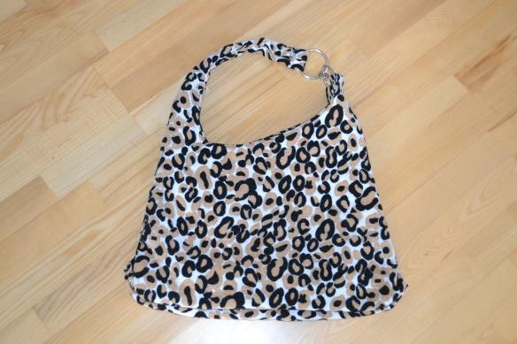 Beige, hvid og sort leopardmønstret shopper - Topshop