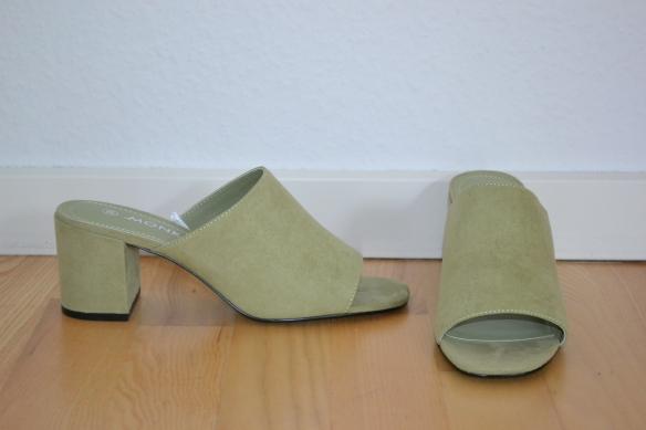 Støvgrønne mules - Monki