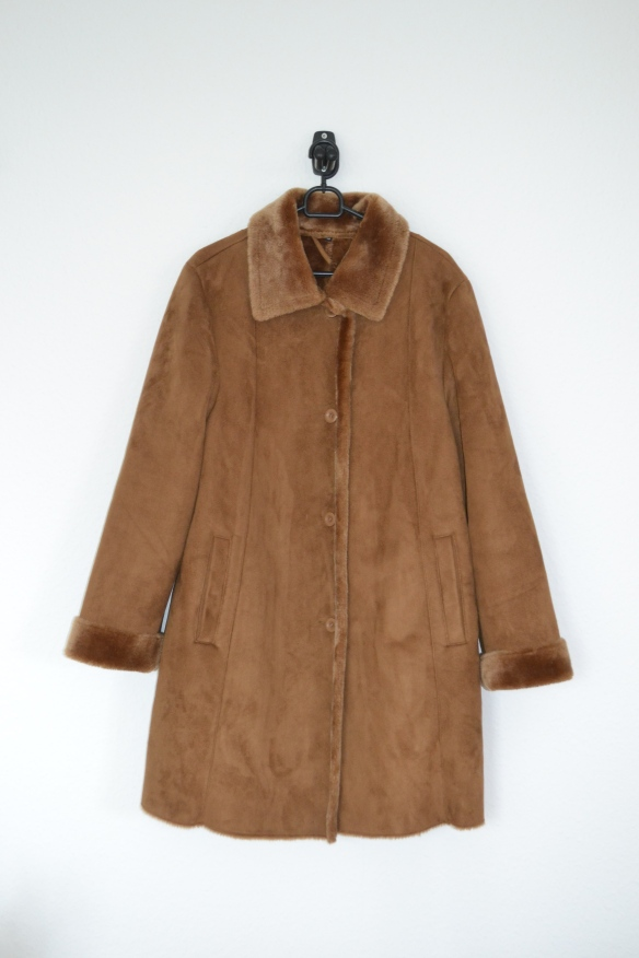Brun ruskindsfrakke m. faux fur for - second hand