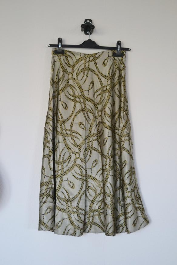 Støvet grøn midi nederdel m. mønster - H&M x Richard Allan