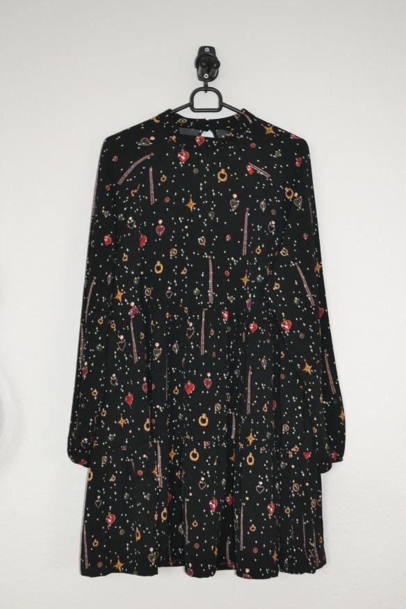 Sort langærmet kjole m. smykkeprint - Monki