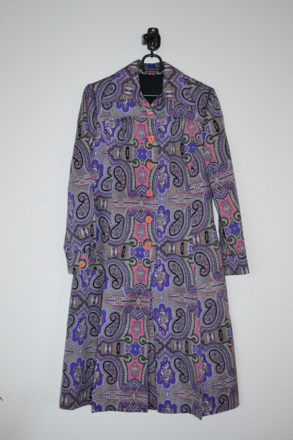 Lilla, lyserød, sort m.m. paisley mønstret kjole - vintage