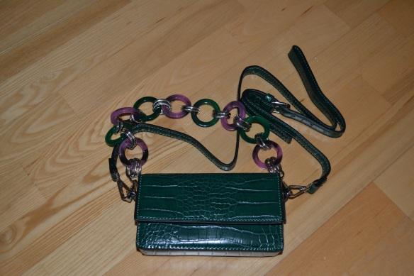 Mørkegrøn boxy taske m. lilla og grøn cirkel rem + grøn skulderrem - Asos