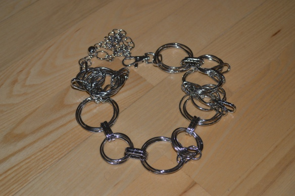 Sølvfarvet kædebælte - Asos