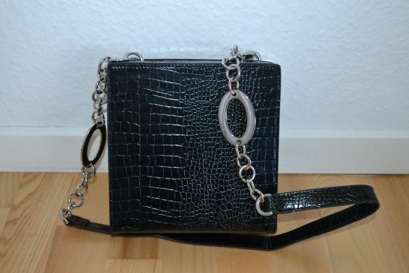 Sort boxy croc taske m. sølvkæde detalje - Topshop
