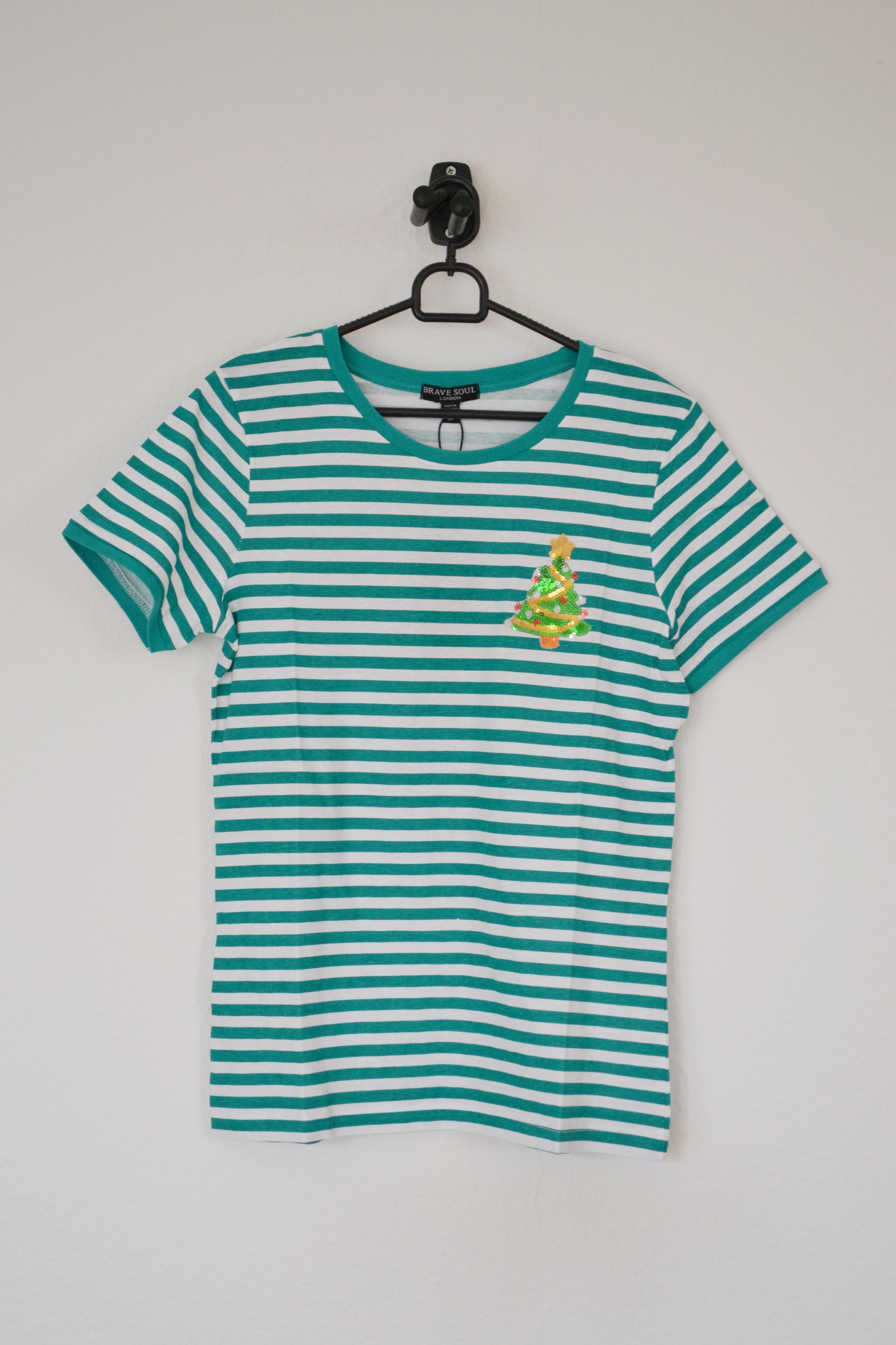 Grøn og hvid stribet T-shirt m. paillet juletræ - Brave Soul