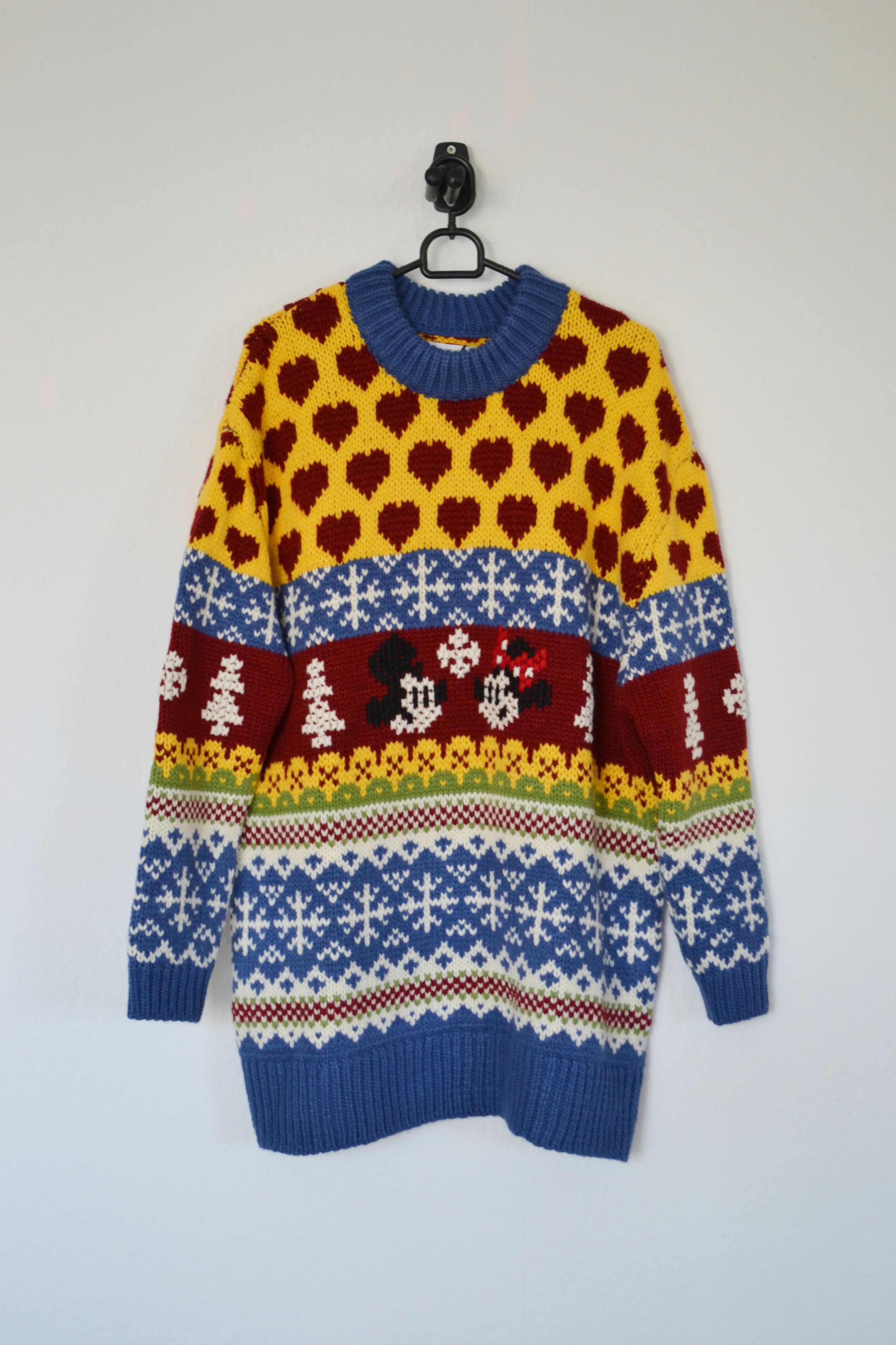 Blå, gul, rød og hvid oversized sweater m. Mickey og Minnie Mouse print - Zara