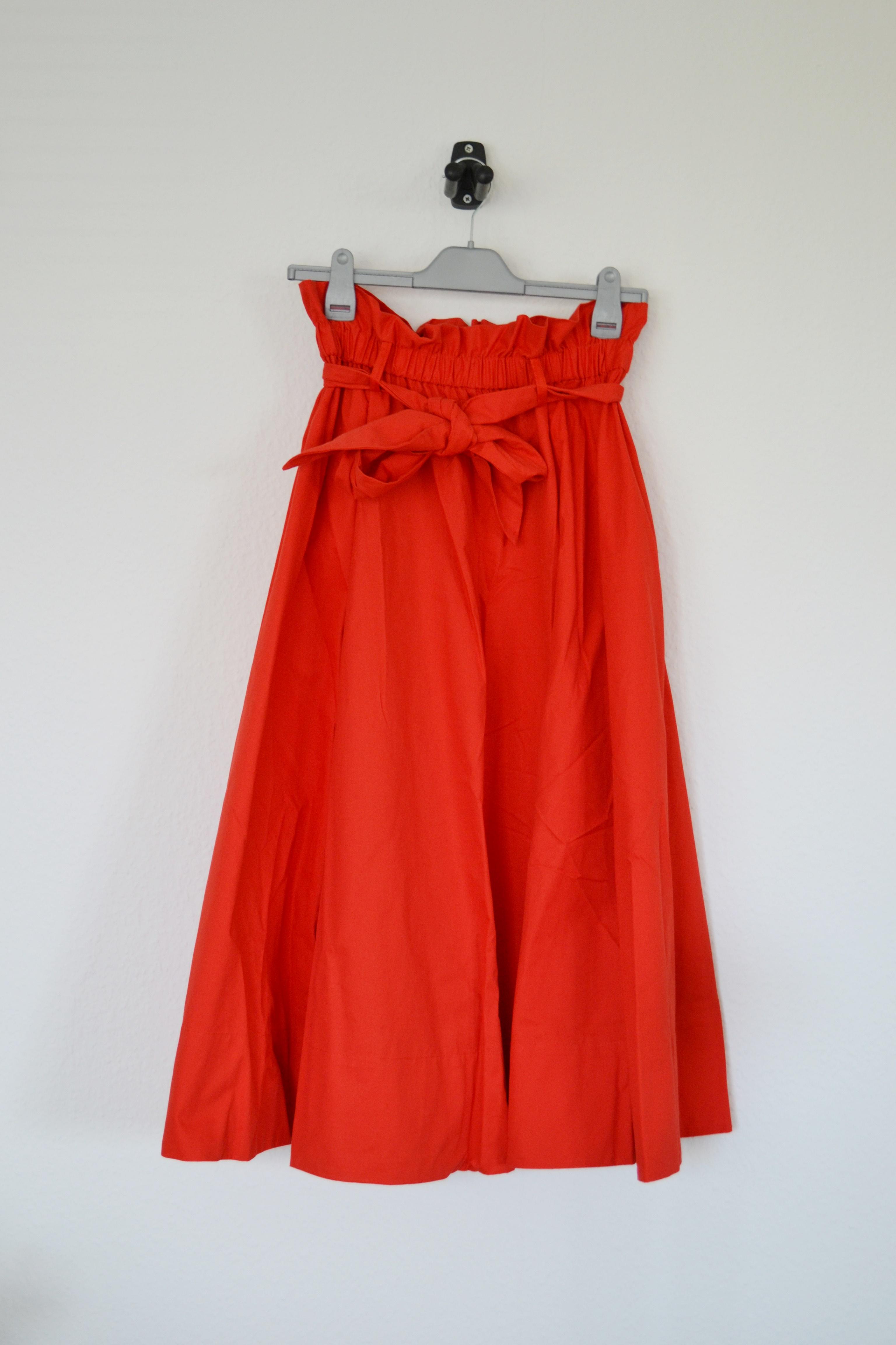 Rød midi nederdel m. paperbag talje - H&M
